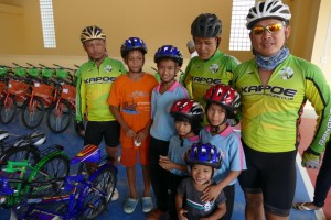 Boss Fook Fang Sainam First with Bike guys 1